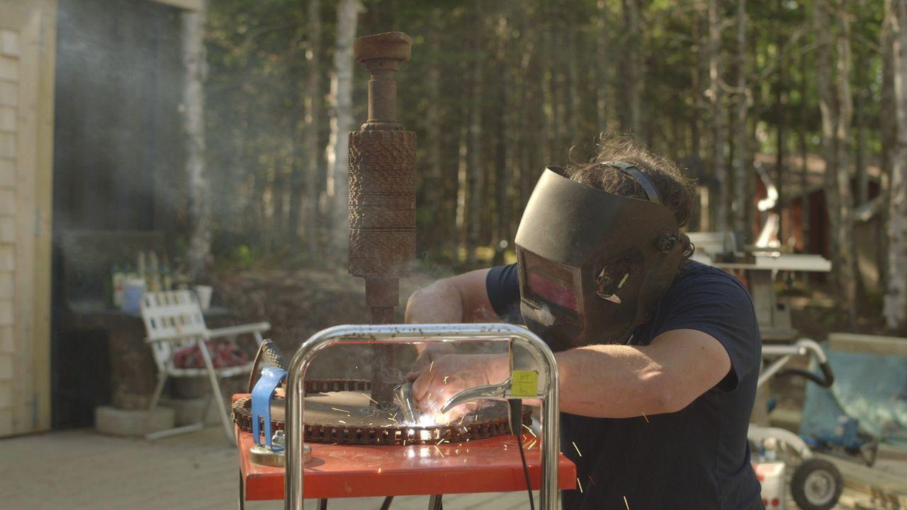 Damit jedes Detail am Ende stimmt, geht Kevin bei der Arbeit ganz genau vor ... - Bildquelle: Brojects Ontario Ltd./Brojects NS Ltd