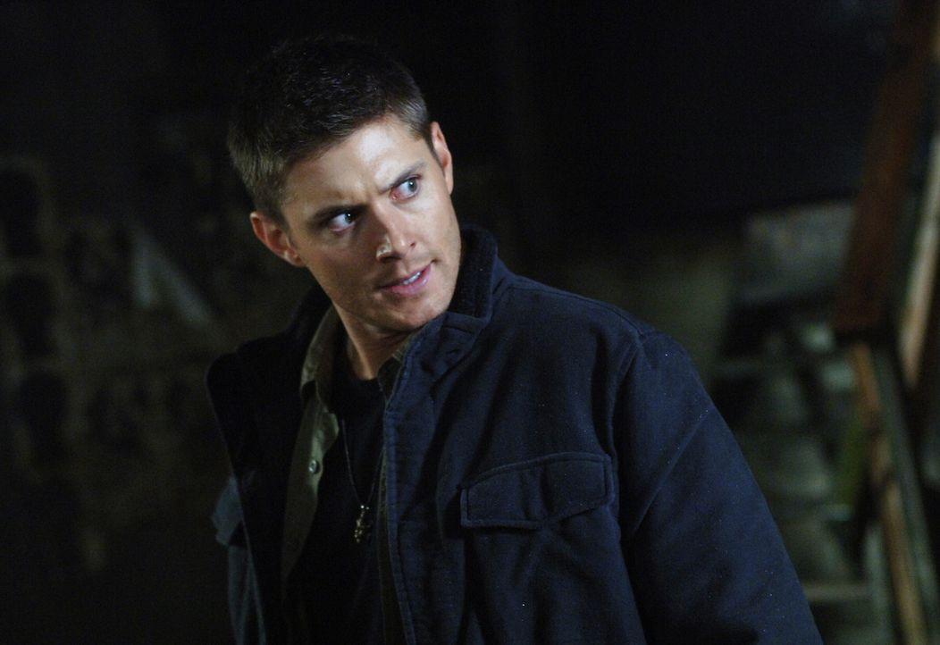 Sam und Dean (Jensen Ackles) nehmen eine Vampirin namens Lucy gefangen, die vorgibt, nicht zu wissen, wie sie zum Vampir wurde ... - Bildquelle: Warner Bros. Television