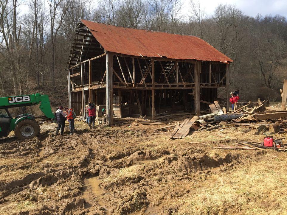 Rettungsmission: die Kincheloe Scheune in West Virginia ... - Bildquelle: 2015, DIY Network/Scripps Networks, LLC. All Rights Reserved.