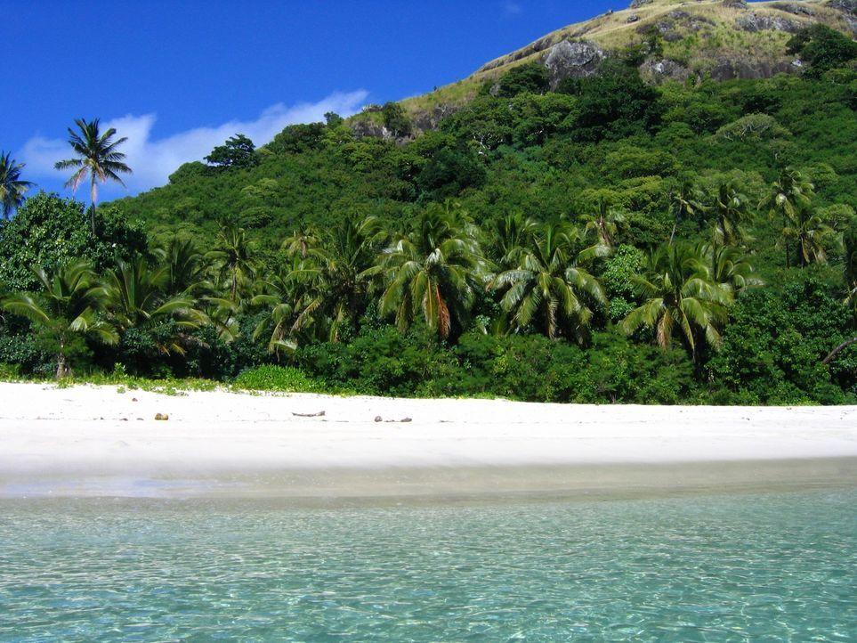 Die blaue Lagune auf den Yasawa Islands bietet unberührte Natur, weißen Sandstrand und glasklares Wasser ... - Bildquelle: 2016, The Travel Channel, L.L.C. All Rights Reserved.