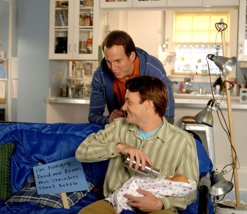 Müssen an einer Puppe beweisen, dass sie in der Lage sind, ein Baby zu versorgen: John (Will Arnett, l.) und Dean Solomon (Will Forte, r.) ... - Bildquelle: 2007 Revolution Studios Distribution Company, LLC. All Rights Reserved
