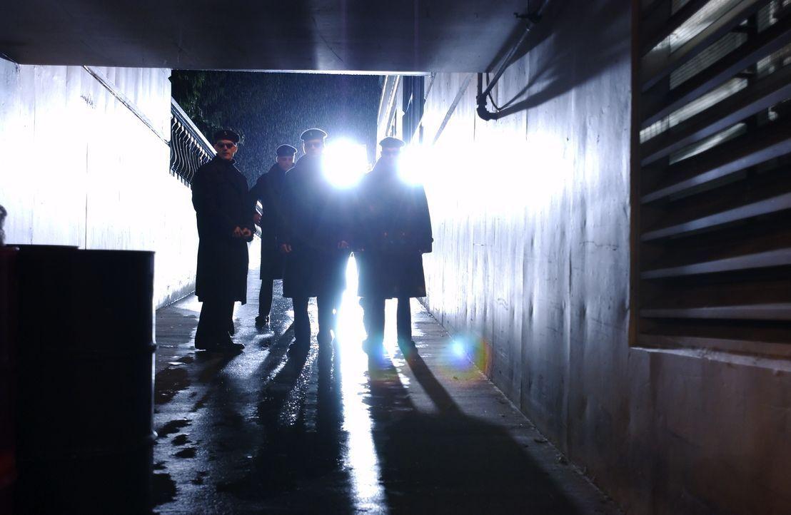 """Die Bruderschaft """"Black Skulls"""" ist immer auf der Suche nach schlauen, gut gebauten Mitgliedern, die sich ihnen und den bösen Mächten anschließen ..... - Bildquelle: Regent Entertainment"""