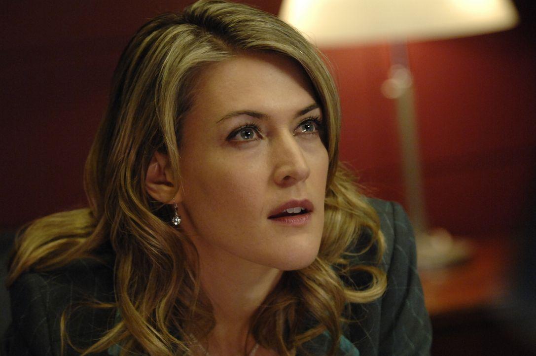 Meghan (Jenni Baird) muss ganz schnell ins Krankenhaus, da sich der Zustand ihres schwerkranken Vaters verschlechtert hat ... - Bildquelle: Viacom Productions Inc.