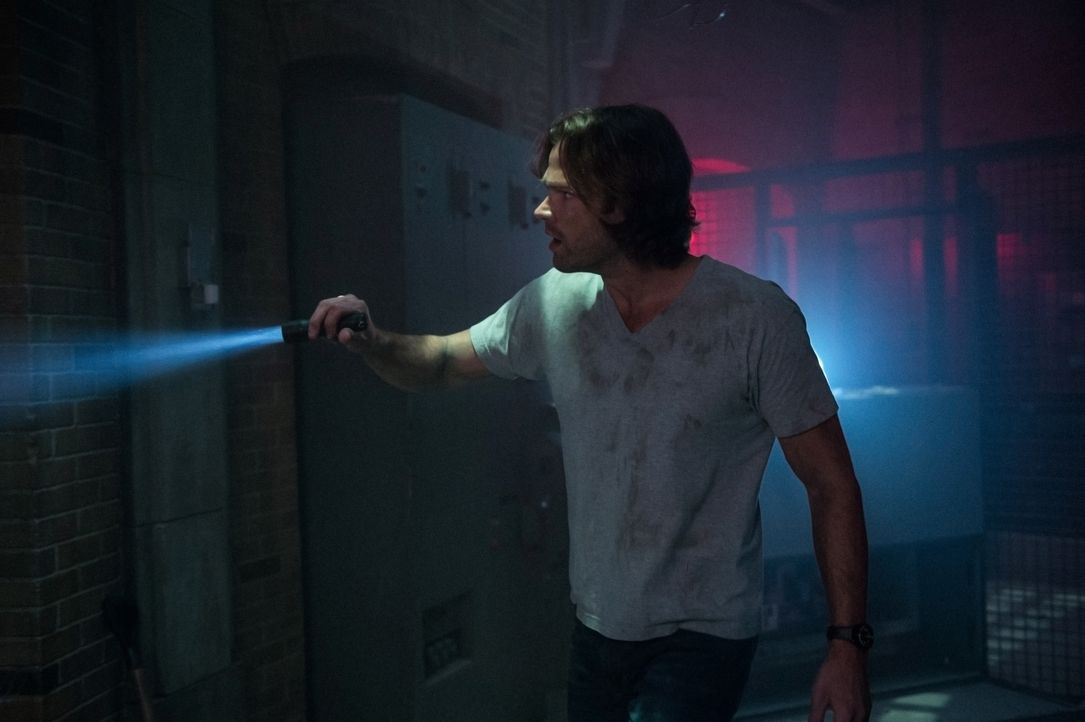 Sam Winchester (Jared Padalecki) - Bildquelle: Diyah Pera 2016 The CW Network, LLC. All Rights Reserved / Diyah Pera