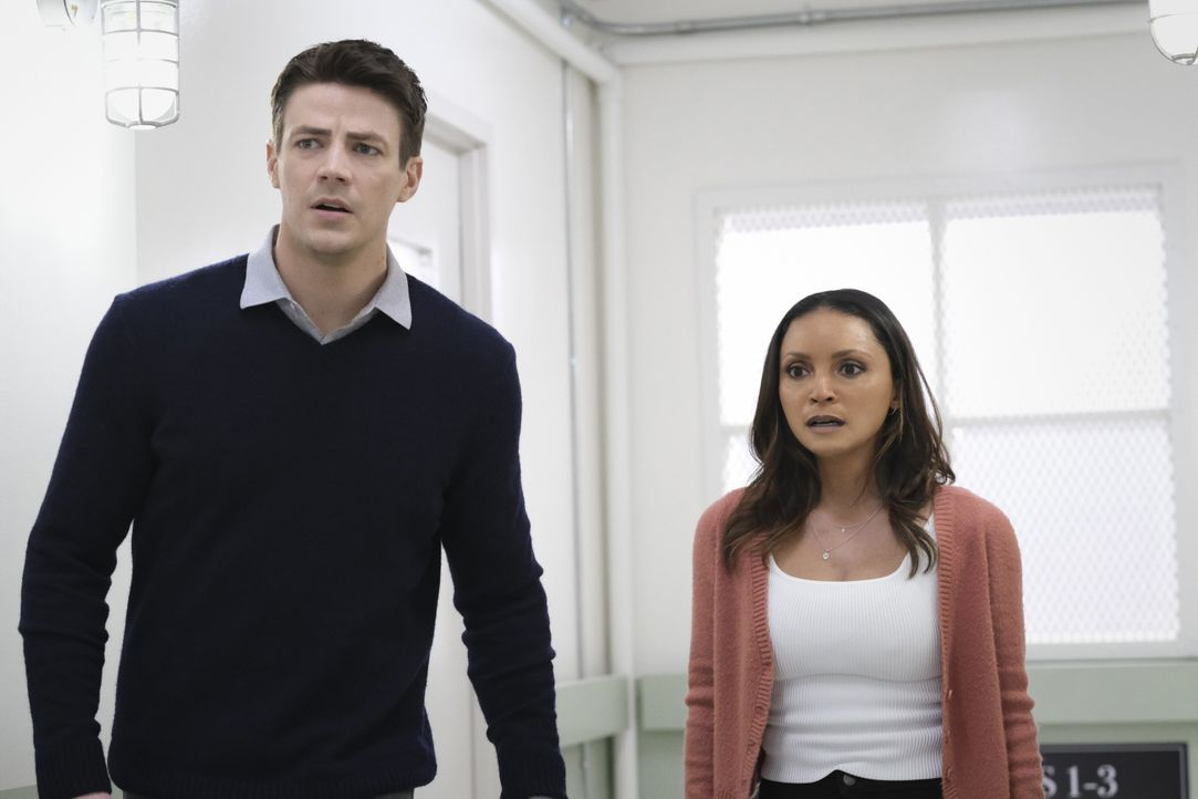Barry Allen (Grant Gustin, l.); Cecile Horton (Danielle Nicolet, r.) - Bildquelle: Warner Bros. Entertainment Inc. All Rights Reserved.