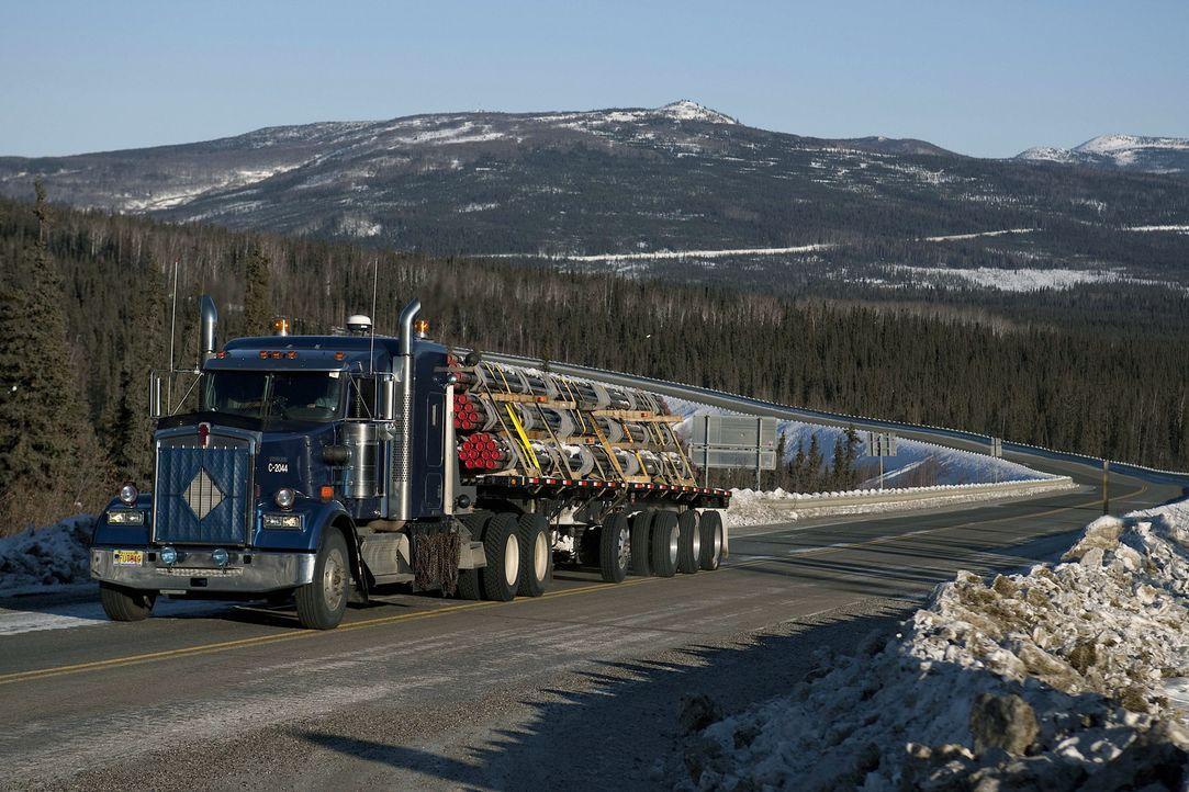 (5. Staffel) - Die Ice Road Truckers haben in der Regel nur zwei Monate Zeit, um mit ihren tonnenschweren LKWs zugefrorene Seen und Eisstraßen zu üb... - Bildquelle: 2011 A&E Television Networks.   All Rights Reserved.