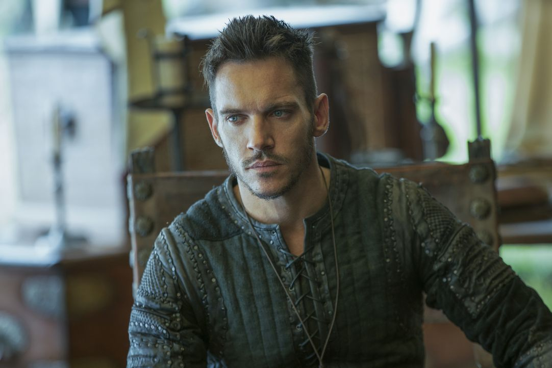 Setzt erbittert seinen Glaubenskampf gegen die Wikinger fort: Kriegerbischof Heahmund (Jonathan Rhys Meyers) ... - Bildquelle: 2017 TM PRODUCTIONS LIMITED / T5 VIKINGS III PRODUCTIONS INC. ALL RIGHTS RESERVED.