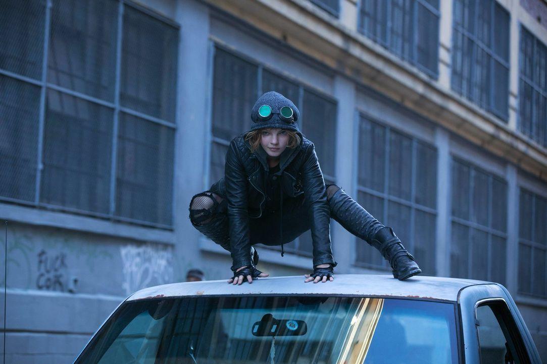 Was hat Selina Kyle (Camren Bicondova) vor? - Bildquelle: Warner Bros. Entertainment, Inc.