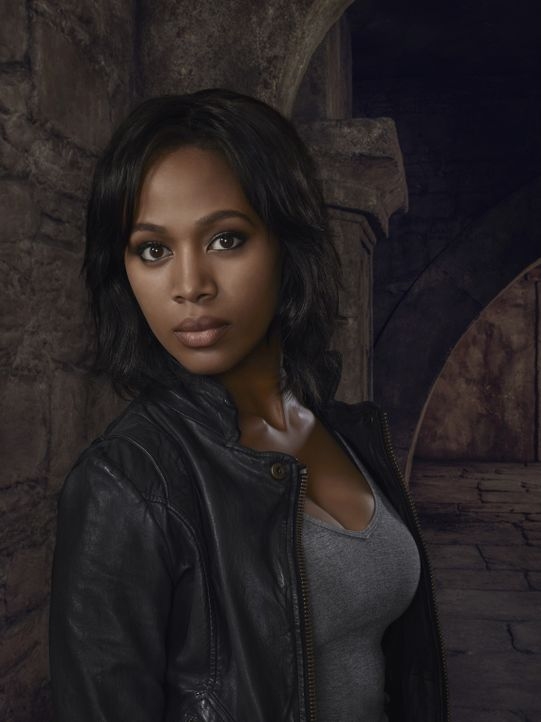 (3. Staffel) - Kann Abbie Mills (Nicole Beharie) ihre Arbeit als FBI-Agentin und als Zeugin an Cranes Seite miteinander vereinbaren? - Bildquelle: 2015-2016 Fox and its related entities.  All rights reserved.