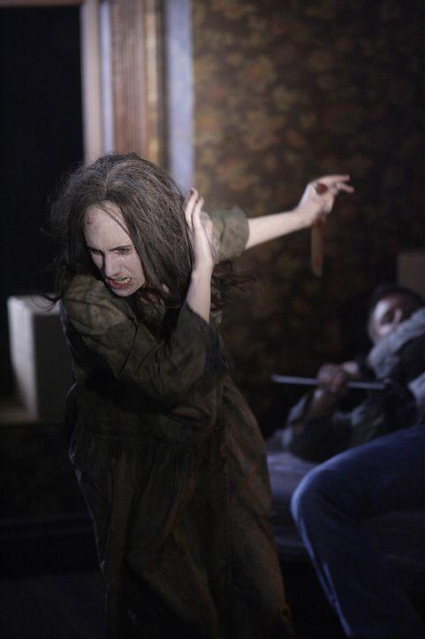 Treibt in einem verlassenen Farmhaus ihr Unwesen: Lizzie (Mandy Playdon) ... - Bildquelle: Warner Brothers