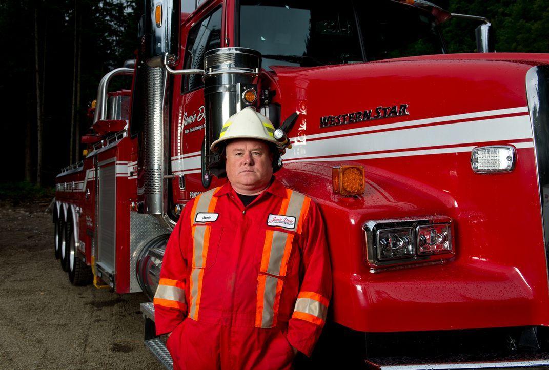 Jamie Davis und sein Team aus starken Männern und Frauen ist sofort zur Stelle, wenn auf dem Coquihalla Highway in Kanada selbst die erfahrensten Tr... - Bildquelle: Ed Araquel Beyond Distribution