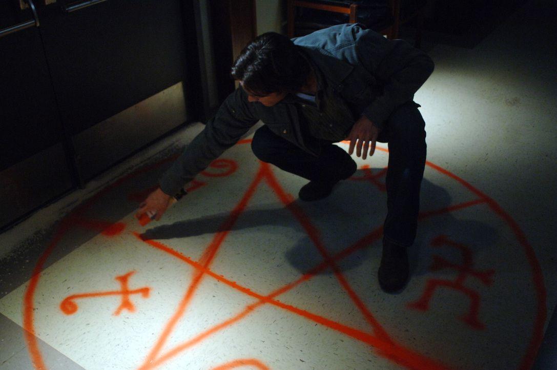 Ein neues mysteriösen Abenteuer wartet auf Sam (Jared Padalecki) und Dean ... - Bildquelle: Warner Bros. Television