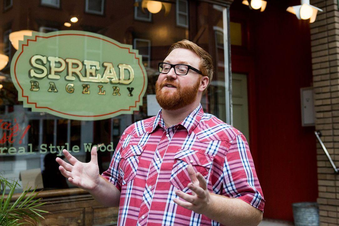 """Der Food-Fanatiker Josh Denny besucht seine Heimatstadt Philadelphia und stattet dem """"Spread"""" einen Besuch ab, denn hier gibt es einen ganz besonder... - Bildquelle: Ben Leuner 2016, Television Food Network, G.P. All Rights Reserved."""