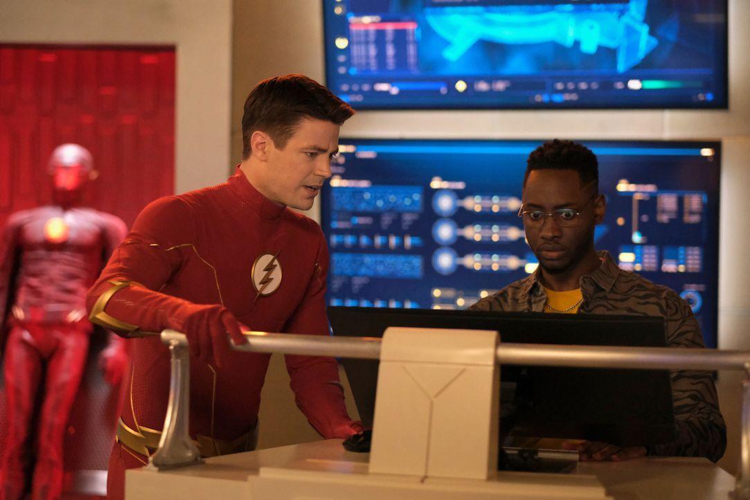 The Flash (Grant Gustin, l.); Chester P. Runk (Brandon McKnight, r.) - Bildquelle: Warner Bros. Entertainment Inc. All Rights Reserved.