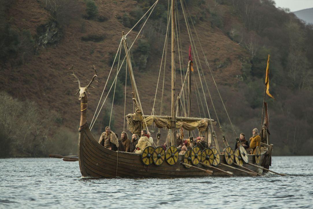 Nach Ragnars Tod will Bjorn zurück nach Kattegat segeln, um die Blutrache zu planen ... - Bildquelle: 2016 TM PRODUCTIONS LIMITED / T5 VIKINGS III PRODUCTIONS INC. ALL RIGHTS RESERVED.