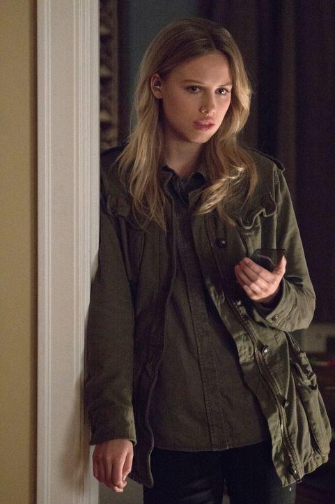 Clementine (Gracie Dzienny) erzählt Jamie davon, dass Mitch noch lebt und sie braucht ... - Bildquelle: Shane Harvey 2017 CBS Broadcasting, Inc. All Rights Reserved
