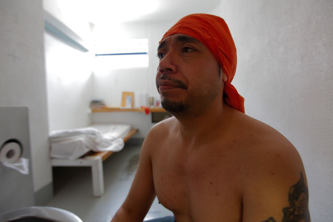 Für viele Insassen wie Ramon Dorado hört ihre Gangzugehörigkeit auch in Untersuchungshaft nicht auf ... - Bildquelle: James Peterson National Geographic Channels