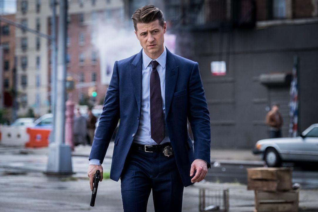 Lässt sich Gordon (Ben McKenzie) zum Spielball des Polizisten-Killers machen? - Bildquelle: 2017 Warner Bros.