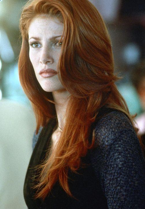 Laut Patrice (Angie Everhart) hat der ermordete Millionär einen exklusiven Callgirl-Ring geleitet. Star der Organisation ist die geheimnisvolle Jade... - Bildquelle: Paramount Pictures