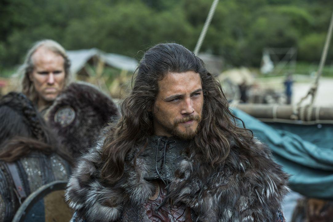 Jarl Kalf (Ben Robson) und viele andere Wikinger schließen sich der Idee von Ragnar an, das Land der Franken zu erobern ... - Bildquelle: 2015 TM PRODUCTIONS LIMITED / T5 VIKINGS III PRODUCTIONS INC. ALL RIGHTS RESERVED.