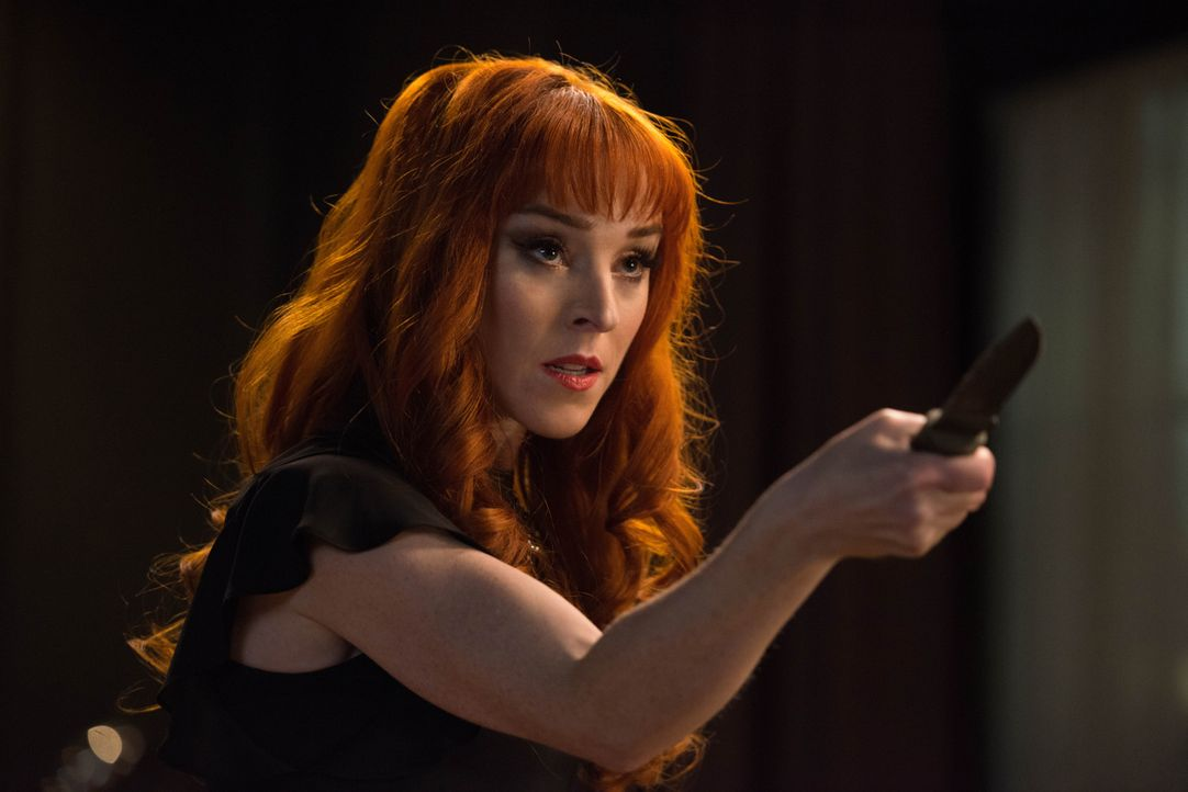 Rowena (Ruth Connell) - Bildquelle: Diyah Pera 2018 The CW Network, LLC. All Rights Reserved / Diyah Pera