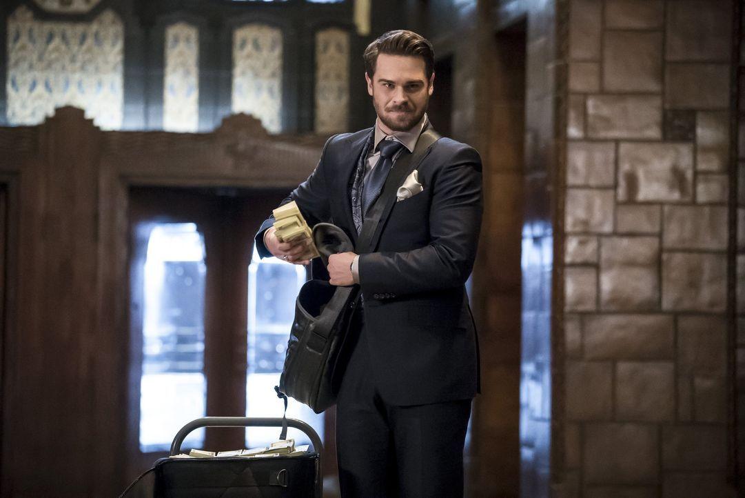Das Metawesen Sam Scudder alias Mirror Master (Grey Damon) taucht in Central City auf und hat noch eine Rechnung mit Snart offen ... - Bildquelle: 2016 Warner Bros.
