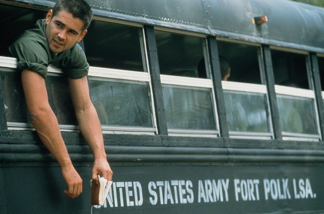 Unermüdlich missachtet Bozz (Colin Farrell) die sadistischen Befehle seiner Vorgesetzten und unterwandert mit seinen pazifistischen Reden die Moral... - Bildquelle: 20th Century Fox Film Corporation