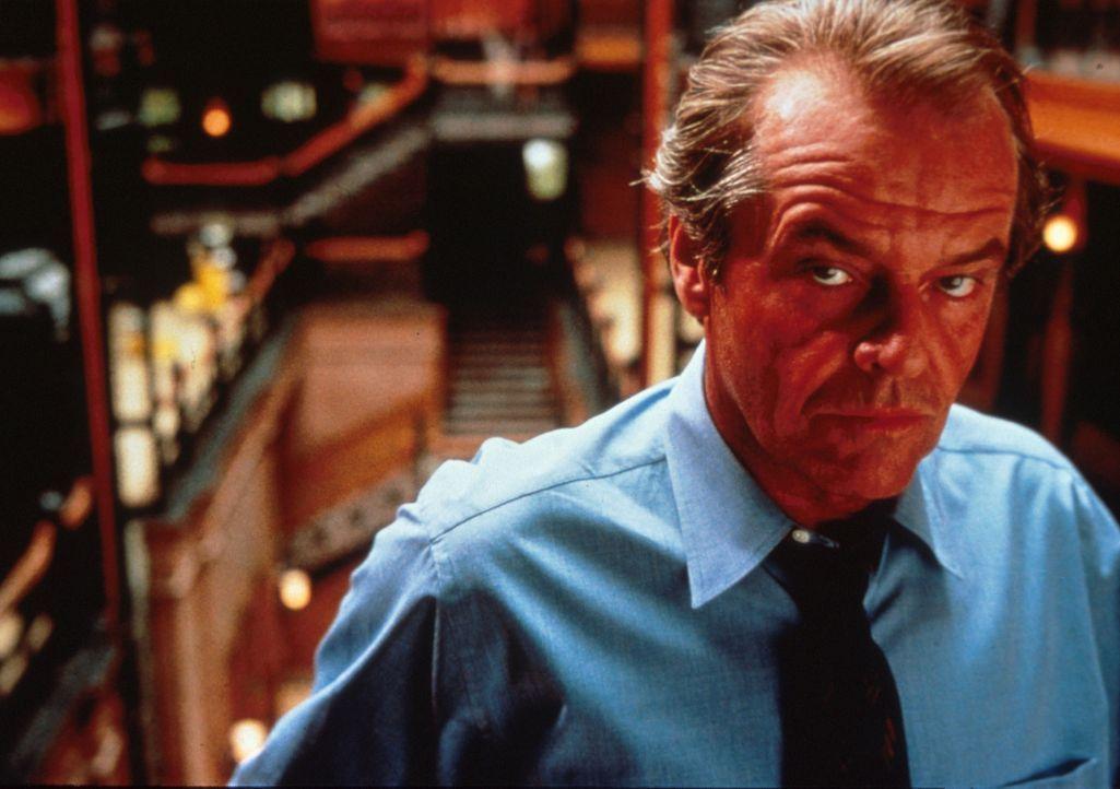 Als der Verlagslektor Will Randall (Jack Nicholson) ausgebootet werden soll, erwachen in ihm tierische Überlebensinstinkte ... - Bildquelle: Columbia TriStar