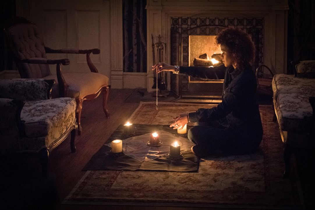 Tasha Banes (Alvina August) - Bildquelle: Dean Buscher 2016 The CW Network, LLC. All Rights Reserved/Dean Buscher