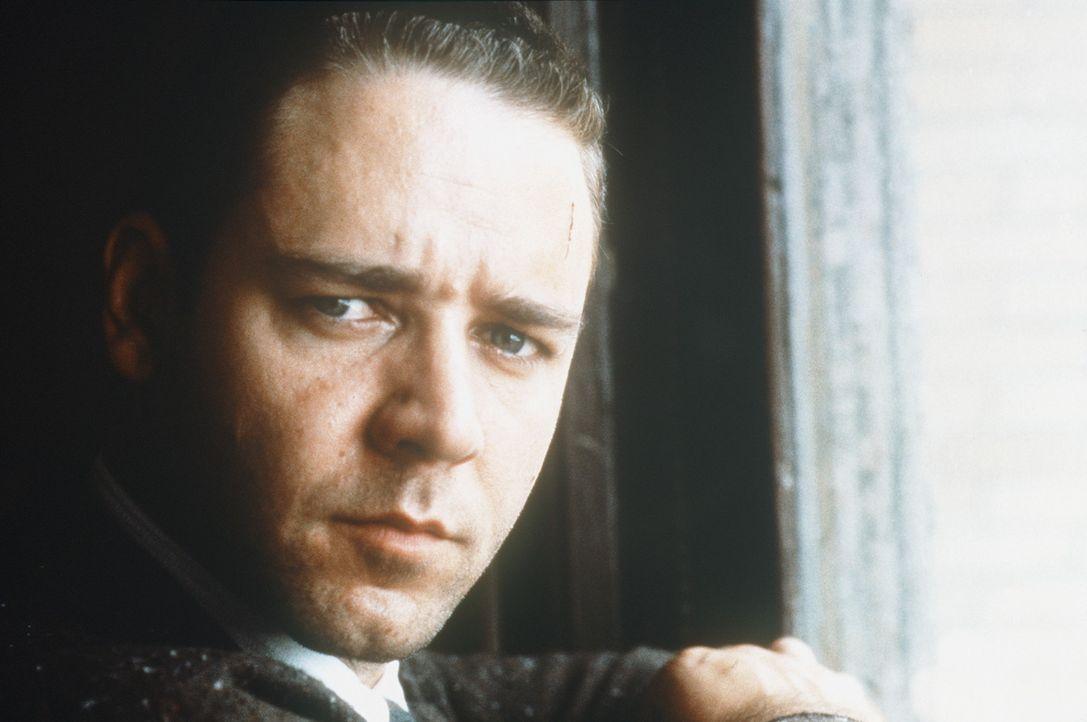Detektiv Bud White (Russel Crowe) entdeckt innerhalb des LAPD einen Sumpf aus Korruption und Mord ... - Bildquelle: Warner Bros.