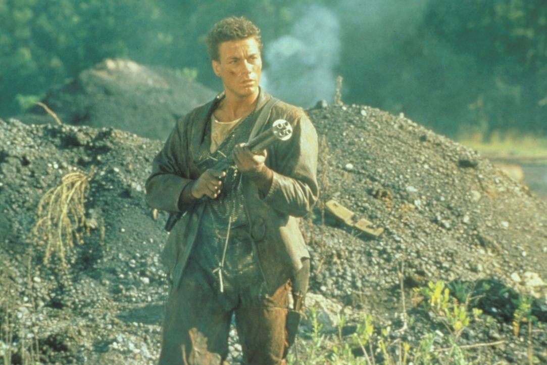 Getrieben von Rachegefühlen macht sich Gibson (Jean-Claude Van Damme) auf die Suche nach dem Versteck seines hemmungslosen Gegenspielers Fender ...