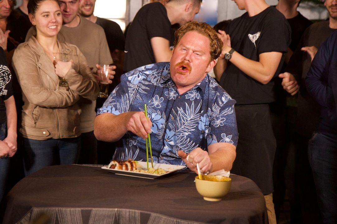 """Ob er sich da nicht zu viel vorgenommen hat? Casey tritt im """"Superb Sushi"""" in Boise zur """"Demon's Delight Challenge"""" an ... - Bildquelle: 2018, The Travel Channel, LLC. All Rights Reserved."""
