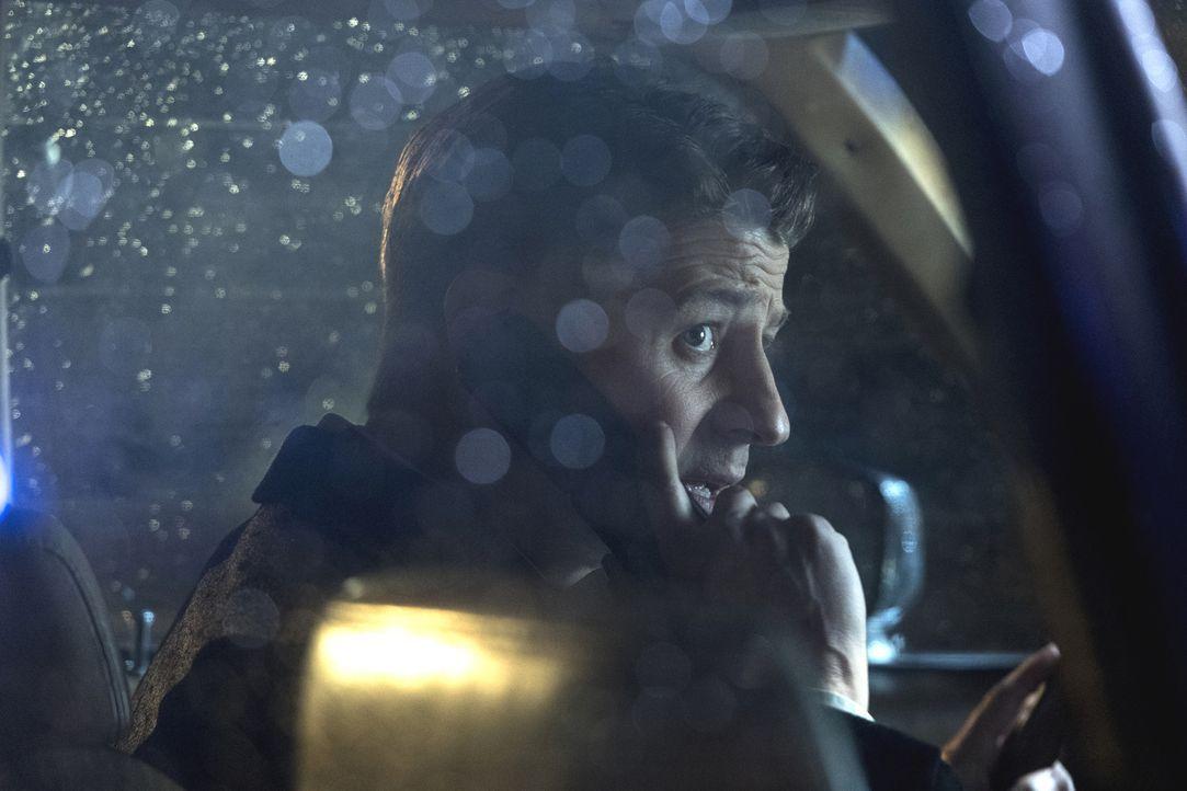 Als einige Insassen der Arkham Anstalt einen Ausbruch planen, muss Gordon (Ben McKenzie) schnell handeln, um Schlimmes zu verhindern ... - Bildquelle: 2017 Warner Bros.