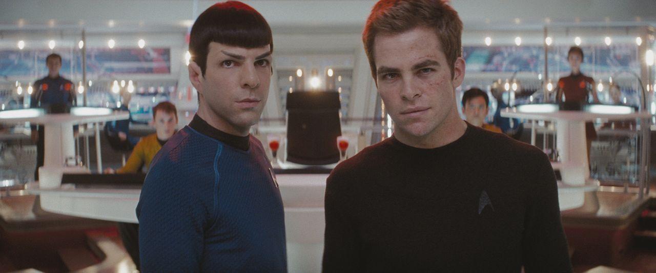 Setzen alles daran, in die kleine Elitegruppe aufgenommen zu werden, die auf dem modernsten Raumschiff aller Zeiten eingesetzt werden soll, der U.S.... - Bildquelle: Paramount Pictures