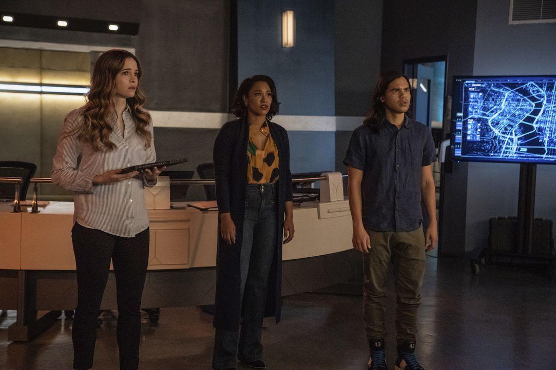 (v.l.n.r.) Caitlin Snow (Danielle Panabaker); Iris West-Allen (Candice Patton); Cisco Ramon (Carlos Valdes) - Bildquelle: Warner Bros. Entertainment Inc. All Rights Reserved.