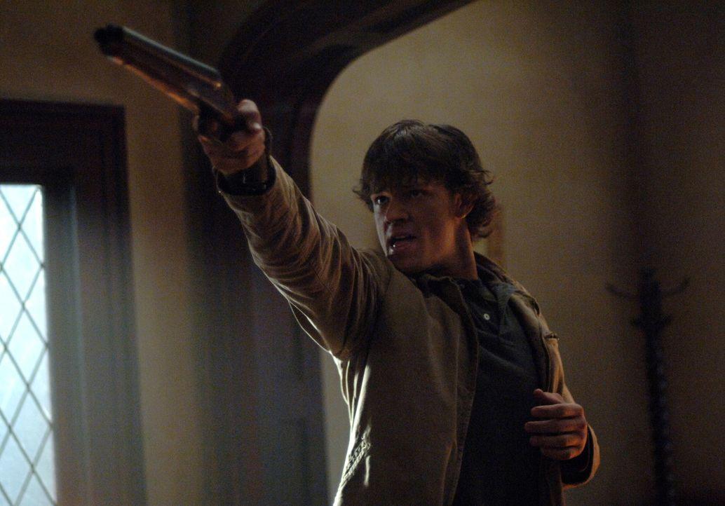 Kann sich Sam (Jared Padalecki) vor dem gefährlichen Hakenmann retten? - Bildquelle: Warner Bros. Television
