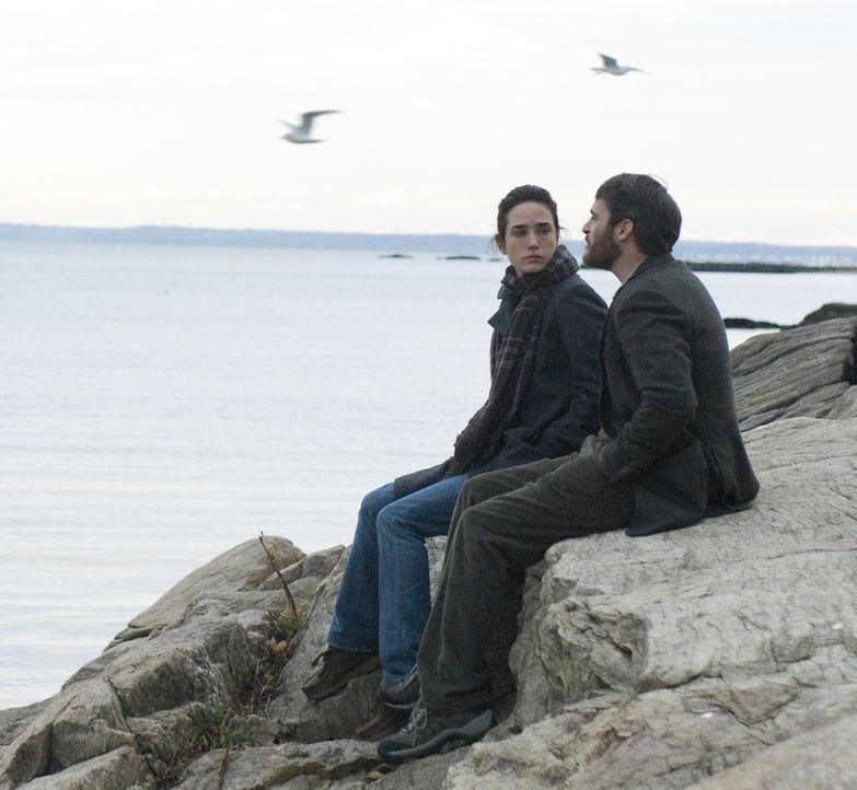 Ein einziger Augenblick verändert ihr Leben vollständig. Nichts ist mehr so wie zuvor: Hilflos muss Ethan Learner (Joaquin Phoenix, l.) mit ansehen,... - Bildquelle: TOBIS Film
