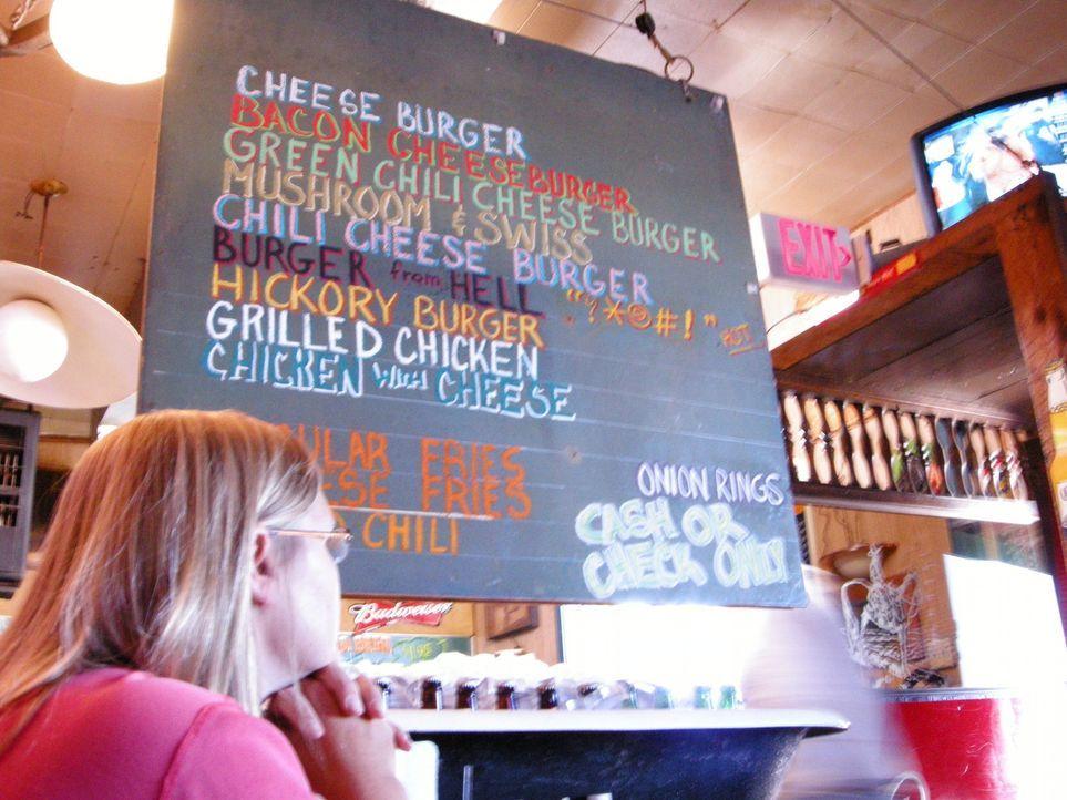 Es gibt nichts, was es nicht gibt: Die Burger-Karte des Coyote Bluff Café bietet alles, was das Herz begehrt ... - Bildquelle: 2008, The Travel Channel, L.L.C.
