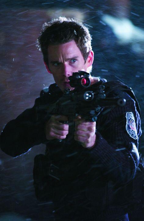 Ein verlassenes Polizeirevier in der Nacht vor seiner endgültigen Schließung: Ausgerechnet an Silvester muss der ausgebrannte Polizeisergeant (Eth...