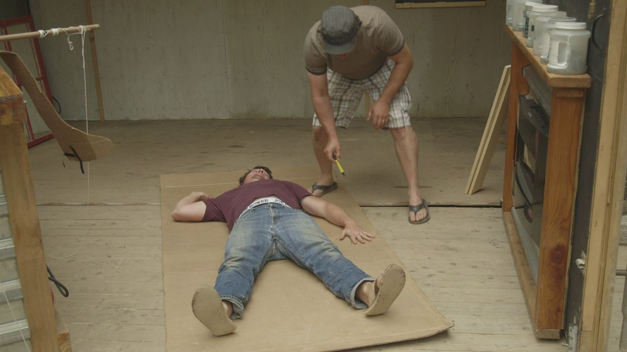 Dass nichts tun ganz schön langweilig ist, hatten sich Andrew (l.) und Kevin (r.) so eigentlich nicht vorgestellt ... - Bildquelle: Brojects Ontario Ltd./Brojects NS Ltd