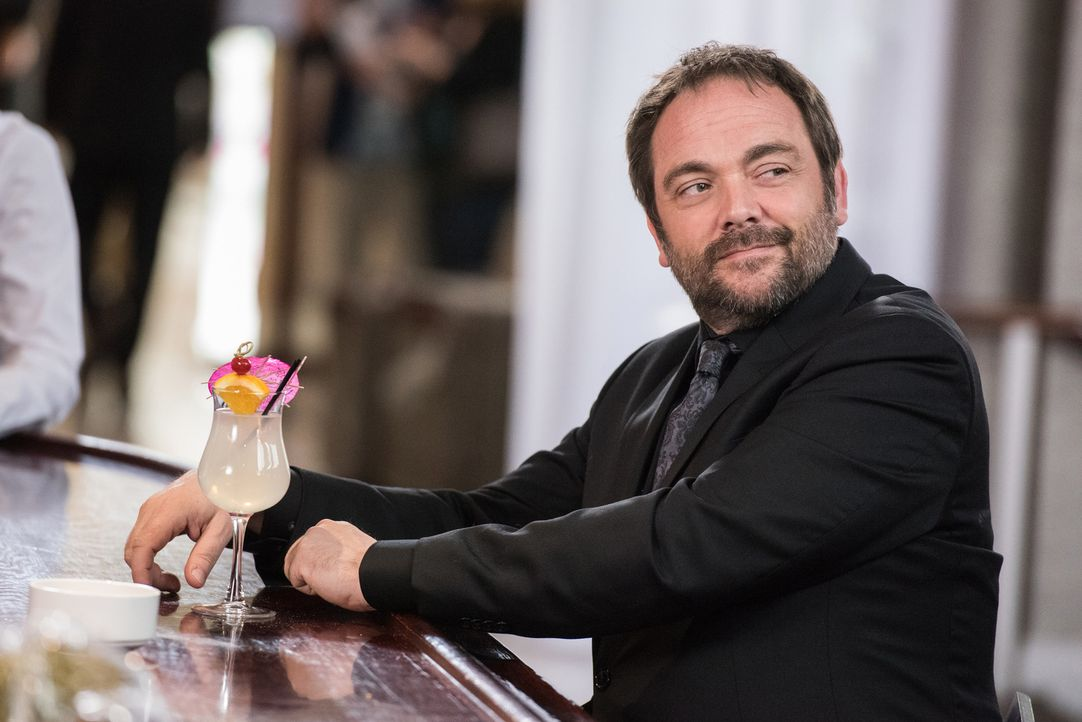Crowley (Mark Sheppard) - Bildquelle: Dean Buscher 2016 The CW Network, LLC. All Rights Reserved/Dean Buscher