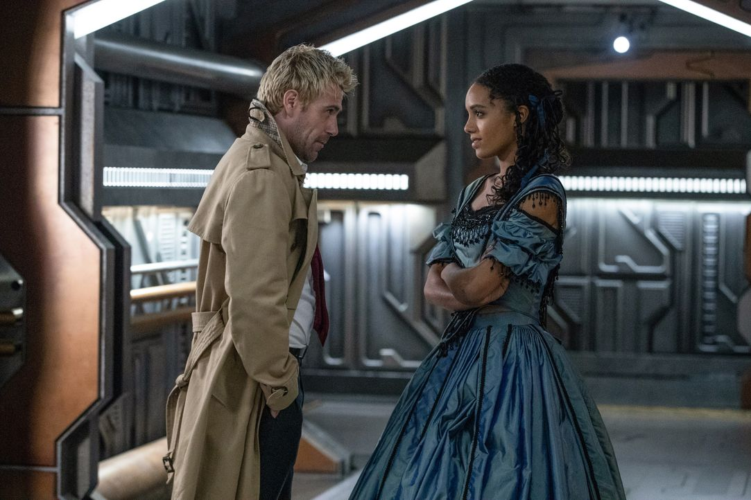 Constantine (Matt Ryan, l.); Charlie (Maisie Richardson-Sellers, r.) - Bildquelle: Jack Rowand 2018 The CW Network, LLC. All rights reserved. / Jack Rowand