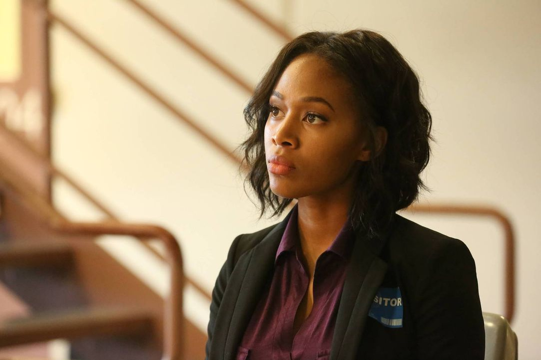 Lässt sich Abbie (Nicole Beharie) wirklich wieder auf eine Zusammenarbeit mit Crane ein oder ist ihr der neue Job als FBI Agentin wichtiger? - Bildquelle: 2015-2016 Fox and its related entities.  All rights reserved.