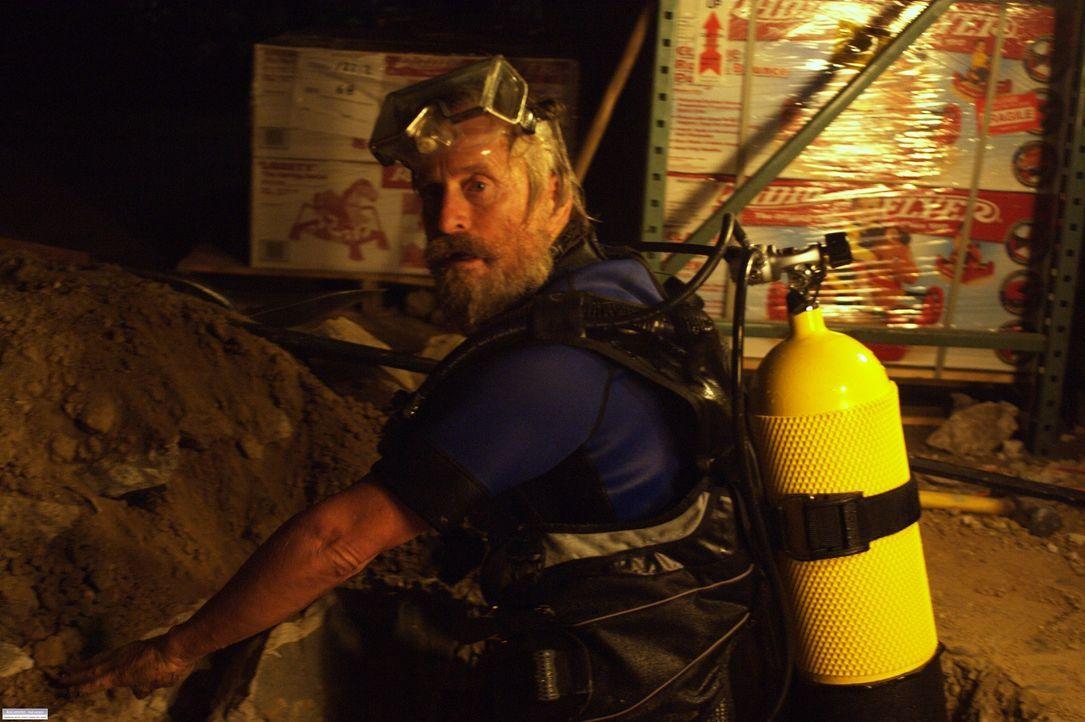 Riskiert alles, um den Schatz zu heben: Charlie (Michael Douglas) ... - Bildquelle: Nu Image