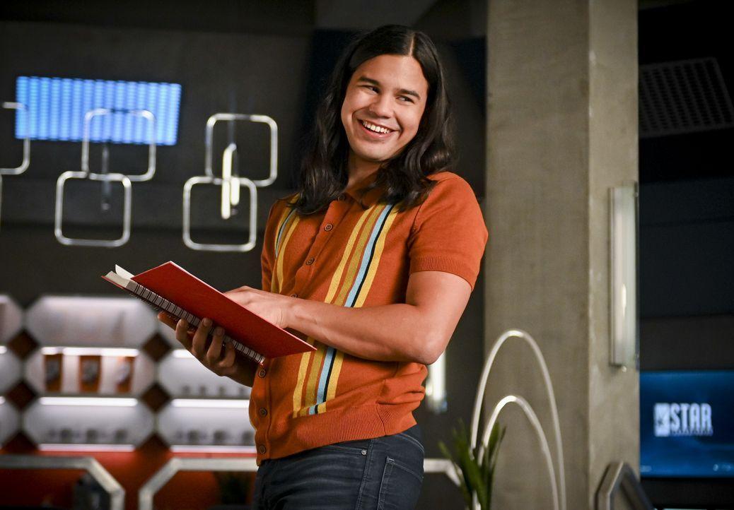 Cisco Ramon (Carlos Valdes) - Bildquelle: Sergei Bachlakov 2019 The CW Network, LLC. All rights reserved. / Sergei Bachlakov