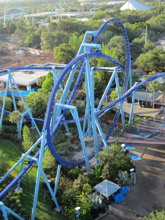 "Im Rennen um die Gunst der verrücktesten Achterbahn-Fans: ""Orlando's Manta"" ... - Bildquelle: 2012, The Travel Channel, L.L.C. All rights Reserved."