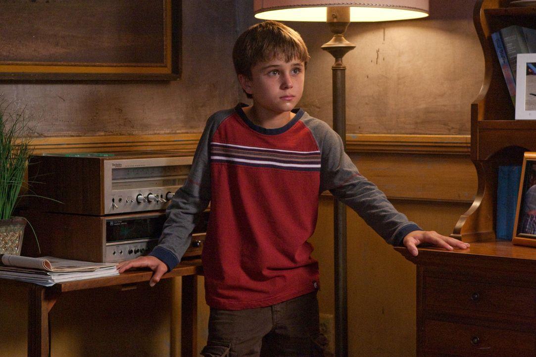Die Brüder Dean und Sam kommen nach Alliance in Nebraska, wo sich merkwürdige Dinge zutragen. Bald stoßen sie auf einen Jungen namens Jesse (Gattlin... - Bildquelle: Warner Bros. Television