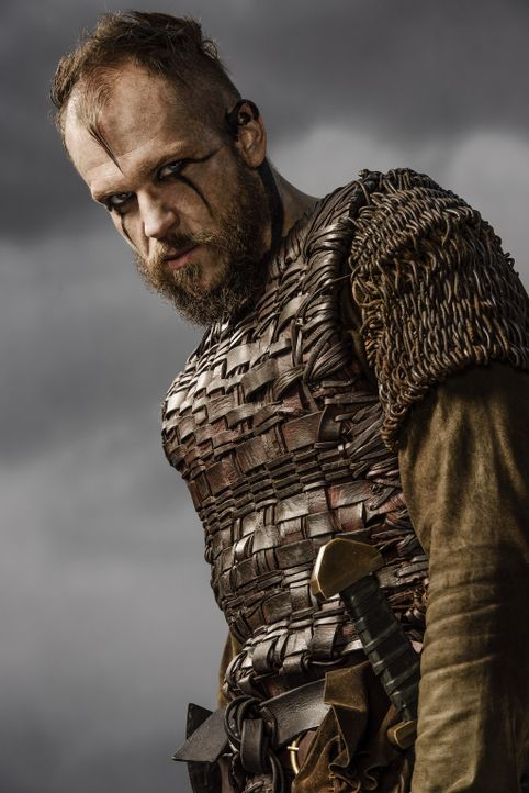 (3. Staffel) - Wird Floki (Gustaf Skarsgård) Ragnar ein treuer und absolut loyaler Freund bleiben? - Bildquelle: 2015 TM PRODUCTIONS LIMITED / T5 VIKINGS III PRODUCTIONS INC. ALL RIGHTS RESERVED.