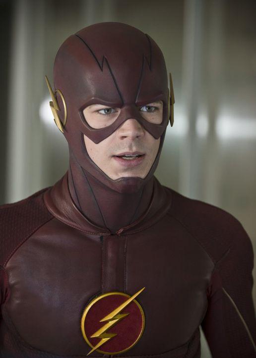 Felicity ist geschockt, als Barry alias The Flash (Grant Gustin) ihr von seinen Vermutungen erzählt ... - Bildquelle: Warner Brothers.