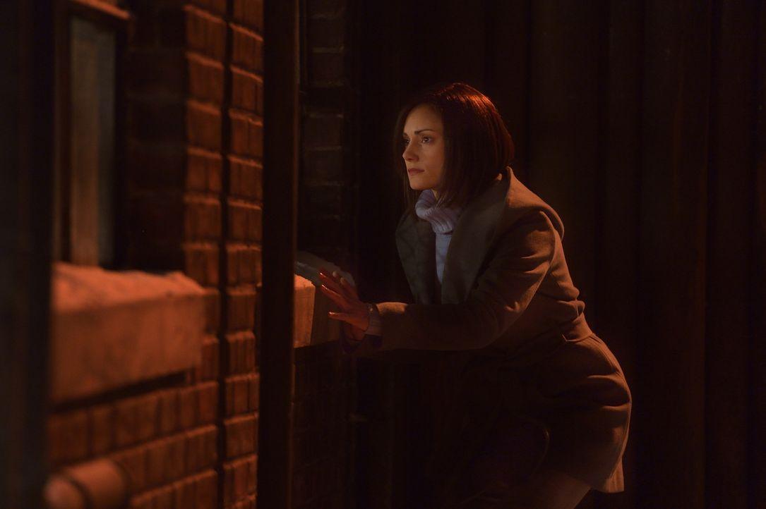 Eichorst ermöglicht es Kelly (Natalie Brown), mit ihrem alten Erscheinungsbild unter den Menschen zu wandeln, aber wird sie so auch Eph und ihren So... - Bildquelle: 2015 Fox and its related entities. All rights reserved.